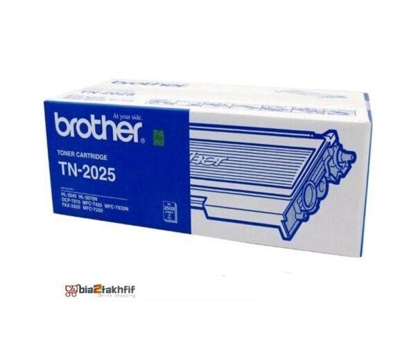 """کارتریج تونر مشکی TN-2025 برادر از تونرهای لیزری شرکت """" Brother """" میباشد. هر کارتریج دارای قطعات ، درام کارتریج ،چیپست کارتریج ، مگنت و فوم کارتریج است ."""
