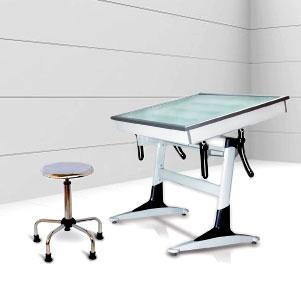 بدون شک اگر مهندس و طراح هستید، اسم میز نور شیدکو را شنیده اید؛ اما ما قصد داریم این میز و کاربرد آن را به کسانی که شناختی از آن ندارند ، معرفی کنیم.